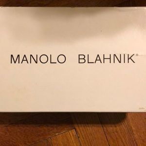 Brand New Manolo Blahnik Coral/Grey Pump